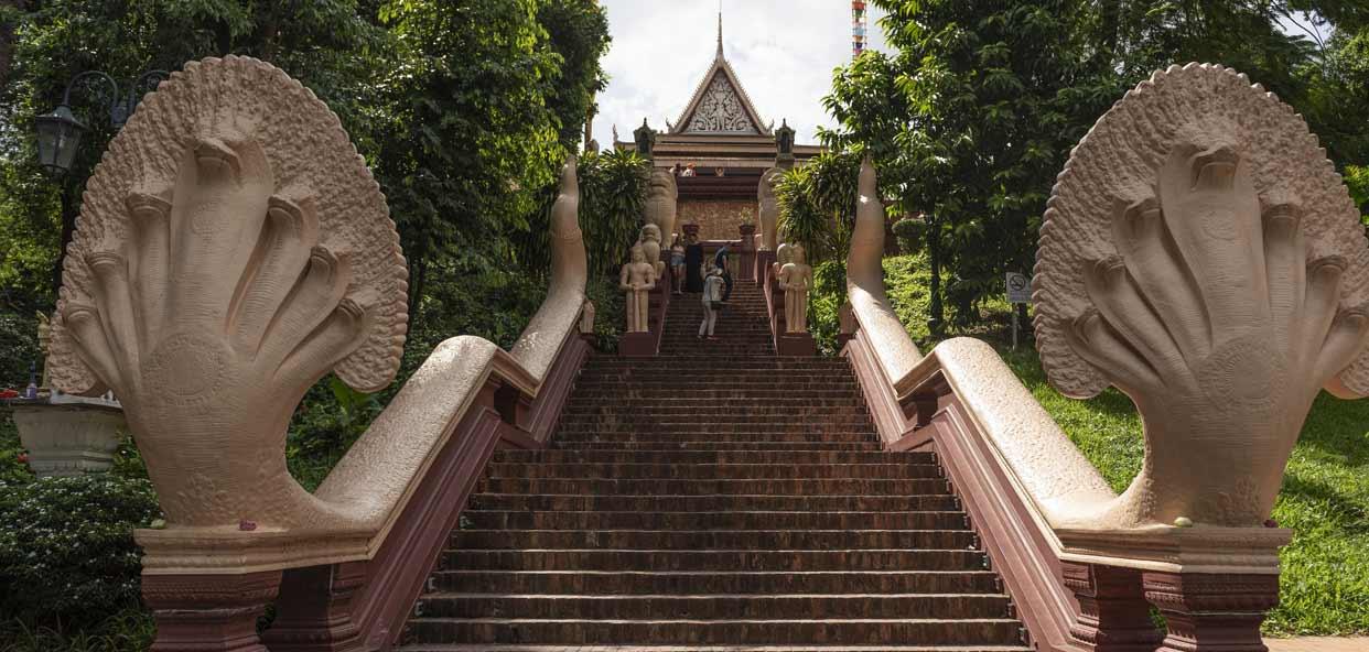 Pagoda-de-Plata-Camboya-responsable