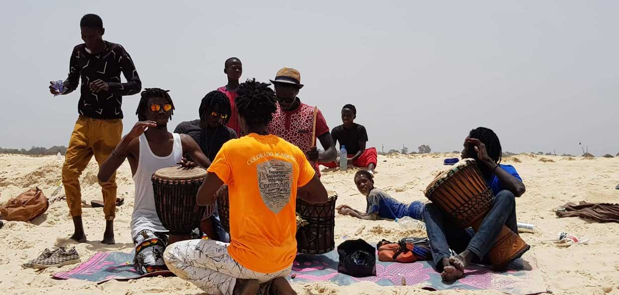 Talleres-Musica-Senegal-Niños-Talibes