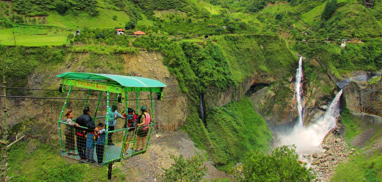 aventura-amazonas-ecuador-selva-catarata